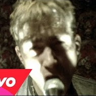 Blur - Topic