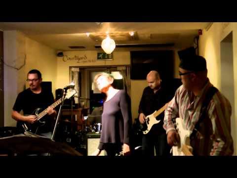 Le Reveillon Jazz Cafe France