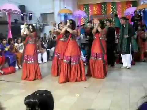 nice Mehndi dance part1