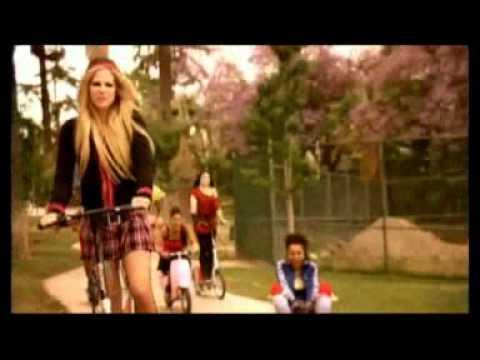 Avril Lavigne - Alone --0_mxWhx9sY