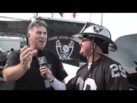 Chicago Bears @ Oakland Raiders 2011 – with