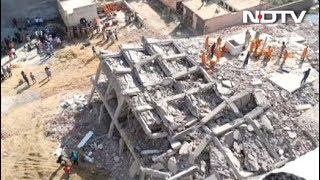 ग्रेटर नोएडा में दो इमारतें गिरने से अब तक 3 की मौत, बचाव कार्य जारी - NDTVINDIA