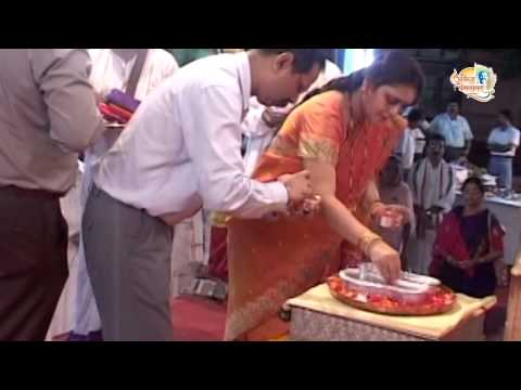 Aniruddha Bapu at Avadhut Chintan - 2009 Video 1