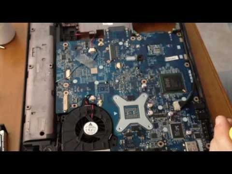 Disassemblare Notebook Presario Compaq C700