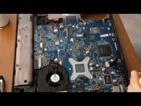 Disassemblare Notebook Presario Compaq C700