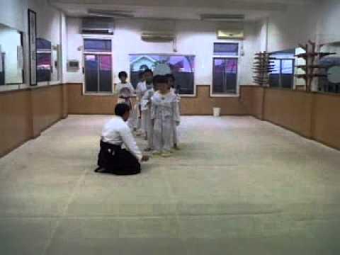 Aikido Anak-anak di Bens Dojo Aikido Kobayashi Indonesia (1),Bekasi 12-10-2011.3GP