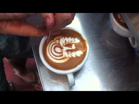 LATTE ART BEAN JAMMING ONA COFFEE
