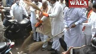 Bandaru Dattatriya, Kishan Reddy and Raja Singh, others cleaning Osmania General Hospital premises - THENEWSWALA