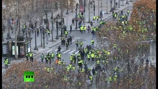 Round 4: Yellow Vests protest in Paris - RUSSIATODAY