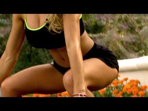 Cinthia Fernandez, Ejercicio de Biceps + Sentadillas