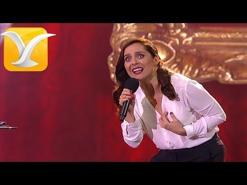 Natalia Valdebenito, Humor