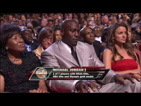Michael Jordan zostaje przyjęty do koszykarskiej Hall of Fame - Hali Sław