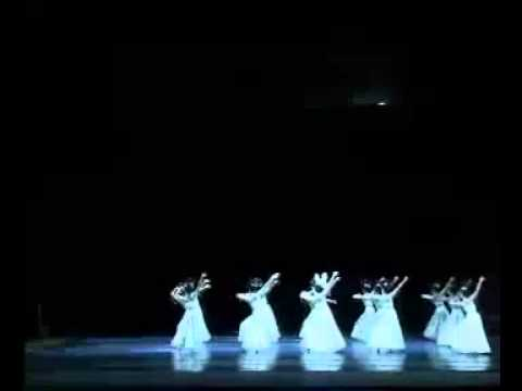 Chinese classical Dun Huang dance 霓裳羽衣舞