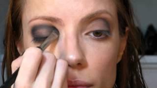 Passo a Passo Olho Preto Maquiagem