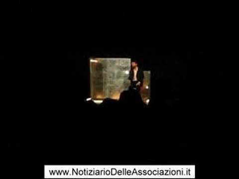 "Ascanio Celestini in teatro a Varese con ""Scemo di guerra"""