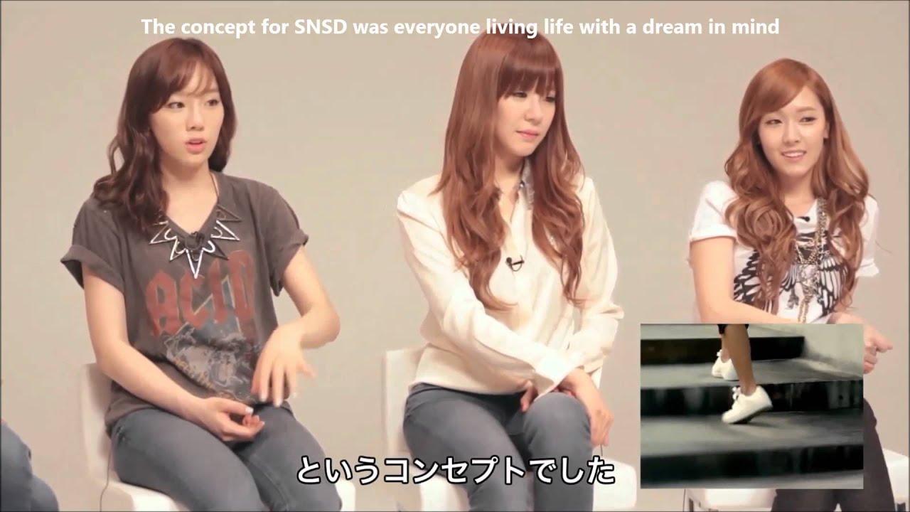 Bagaimana reaksi SNSD ketika menonton video musik mereka 5 tahun lalu? saat MV into the new world? dan bagaimana jeritan SNSD ketika melihat seohyun saat masih muda? silahkan tonton video ini :)