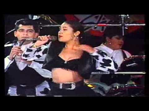 Selena- Baila Esta Cumbia (New Version)