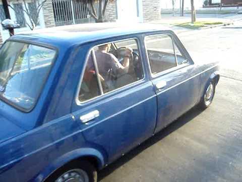 Fiat 128 arando Caballino motores