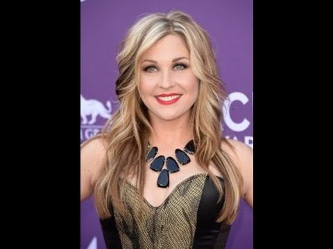 Sunny Sweeney's Talks Bad Girl Phase
