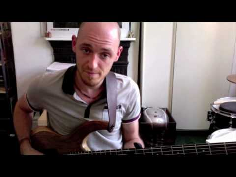 'BASS SOLOING -II V I' Part 2 - BASS LESSON with Scott Devine