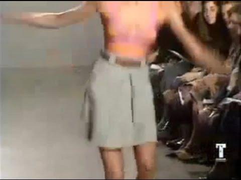 Descuidos de Modelos - Caídas en la Pasarela de Moda