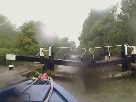 Narrowboat Timelapse on The Grand Union Canal - Ironbridge to Uxbridge.