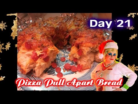 Savory Pizza Pull Apart Bread : Day 21 Trailer Park Christmas