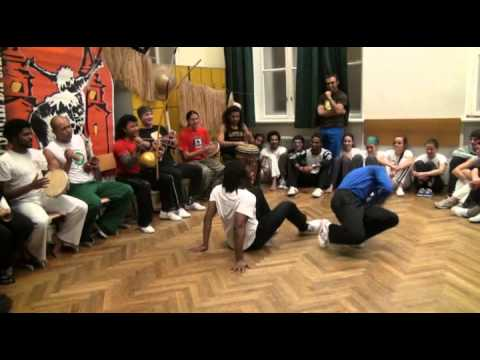 Capoeira event  Santa Cruz - mestre xuxo & cm primo.mp4