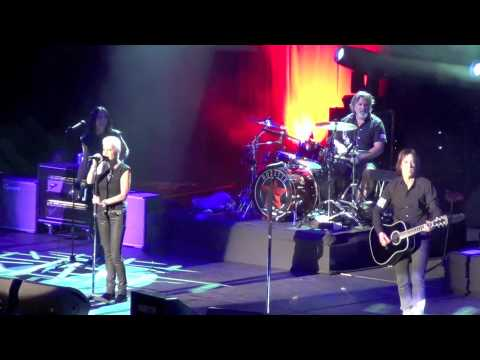 Roxette (Live In Singapore 2012) - It Must Been Love