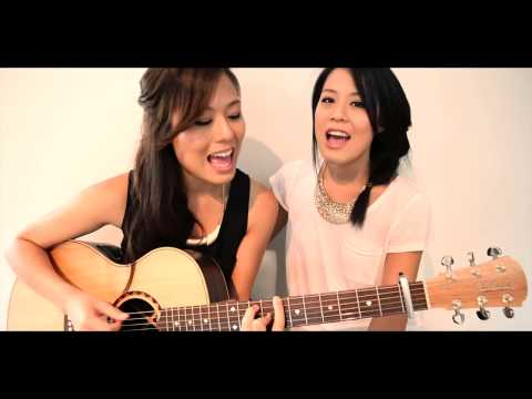 El Baile del Caballo. Dos chicas hacen version acustica