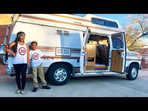 VAN TOUR: Introducing Off The Grid With A Kid - يوتيوبات