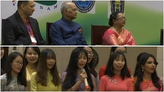 Watch: Vietnamese students sing popular Hindi songs during President Kovind's visit to Hanoi - TIMESOFINDIACHANNEL