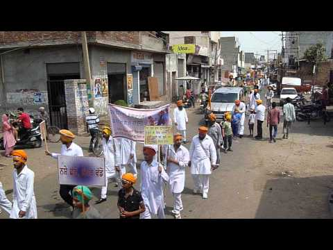 dastar cetna march in moga 14 april 2013 from guru nanak misson parchar shaba moga