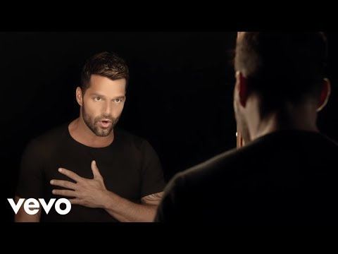 Ricky Martin - Disparo al Corazón (Official Video)