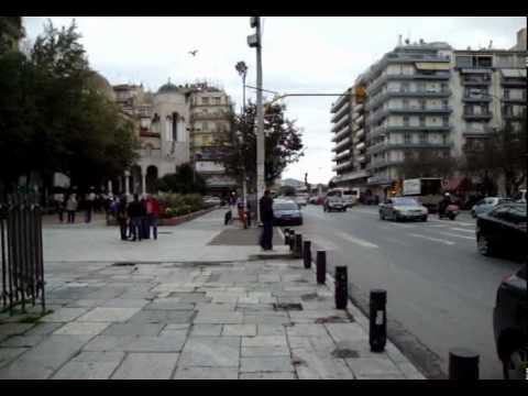 THESSALONIKI GREECEΘΕΣΣΑΛΟΝΙΚΗΑπο Στασεις μιας ΠοληςΣτην Καμαρα  Αψιδα Θριαμβου του Γαλεριου στην Εγναντια Οδομερα πρωι 27 Νοεμβριου 2010By ARTPOETICACOUVELIS1