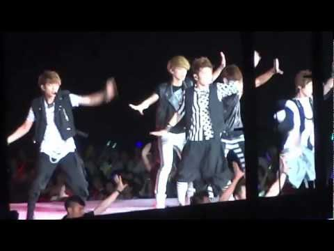 SHINee Moments (1/2) SM TOWN Live World Tour III Concert in Seoul! 120818 (Part 6)