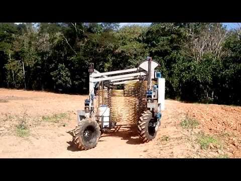 2 Mauri Martins UFV - Colhedora de café para região de montanha embrapa cafe
