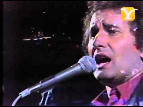 Víctor Manuel, Hay Amor