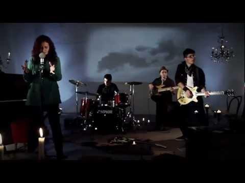 NUEVO !!! Petros - En Vano - Videoclip Oficial HD