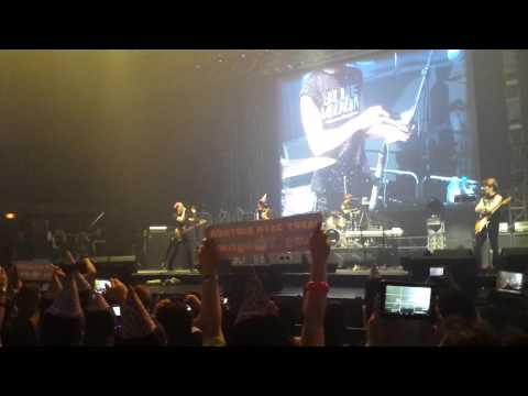 [FANCAM] CNBLUE Blue Moon Manila Yonghwa Birthday