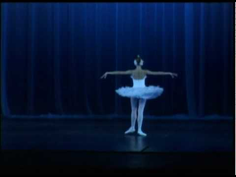 Escola Bolshoi - Morte do Cisne - Dying swan