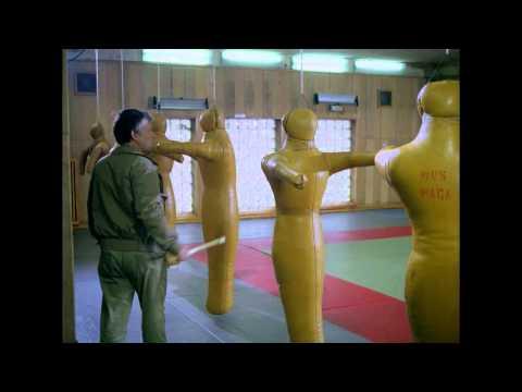 """""""Człowiek z żelaza"""", reż. Andrzej Wajda. Film został zrekonstruowany cyfrowo."""