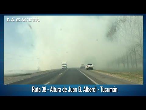 La quema de campos llenó de humo un tramo de la ruta 38, a la altura de Alberdi