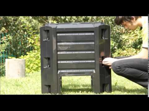 Assembly of compost bin by Prosperplast