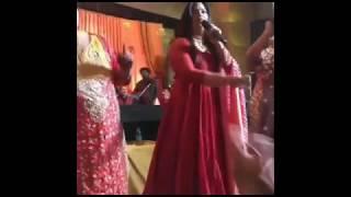 Kapil Sharma Sangeet Ceremony: Singer Richa Sharma और कपिल शर्मा की माँ की धमाकेदार परफॉरमेंस - ITVNEWSINDIA