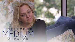 Nicole Sullivan Gets Reassuring Message From Grandmother | Hollywood Medium with Tyler Henry | E! - EENTERTAINMENT
