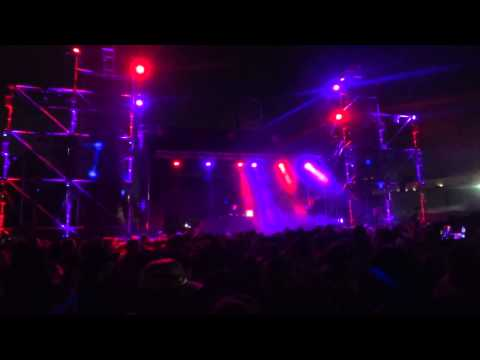 Justin Martin at Hard Day of the Dead 2013