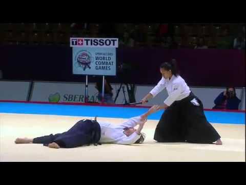 Aikido Women-Perfect Demonstration:Tanto Dori