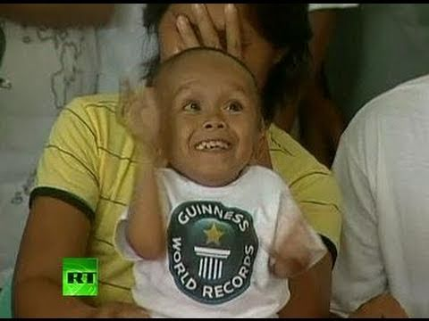 60 cm tall: World's shortest man record broken in Philippines