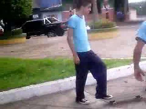 maniacos do parque - SkaTE nA VeiA !!!!